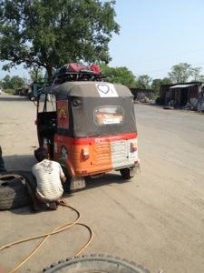 DriveDay 12: Fuel Stop #RickshawRun