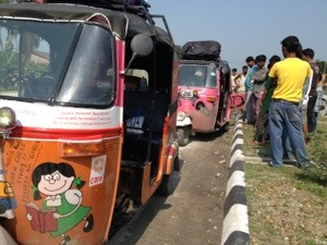 DriveDay 13: The Pink Team #rickshawrun #rr