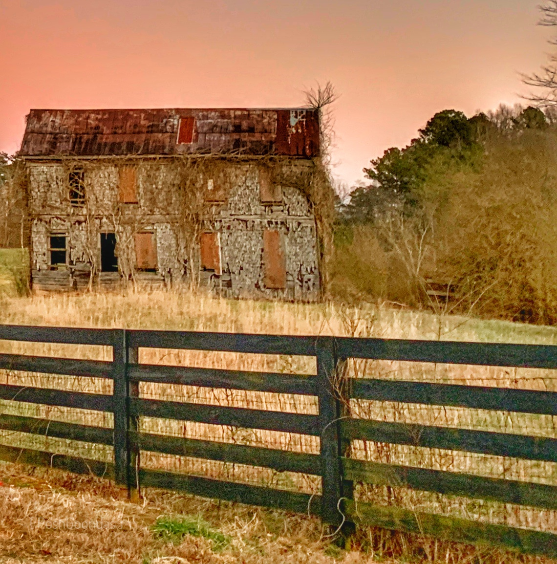 The building behind the gate: The Shingle House
